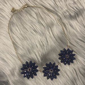 Jewelry - Silver color chain Necklace with Blue navy flowers